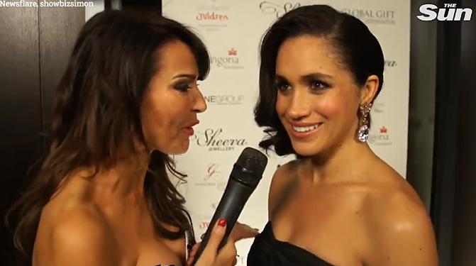 Lizzie phỏng vấn Meghan tại Global Gift Gala ở London hồi năm 2013. Ảnh: The Sun.