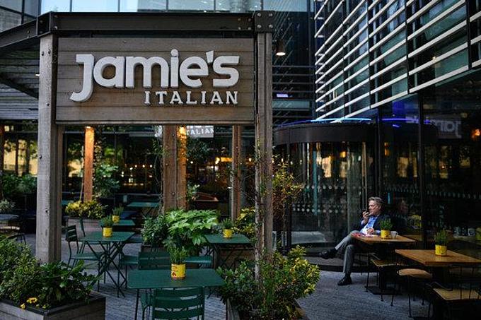 Một quán Jamies Italian ở London. Chuỗi nhà hànggặp khó khăn tài chính từ năm 2016. Ảnh:Leon Neal.
