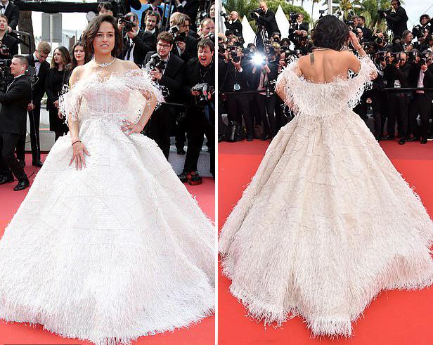Nữ diễn viên 40 tuổi luôn góp mặt tại Cannes mỗi mùa liên hoan phim để tham dự các buổi công chiếu và kết hợp nghỉ dưỡng cùng bạn bè.