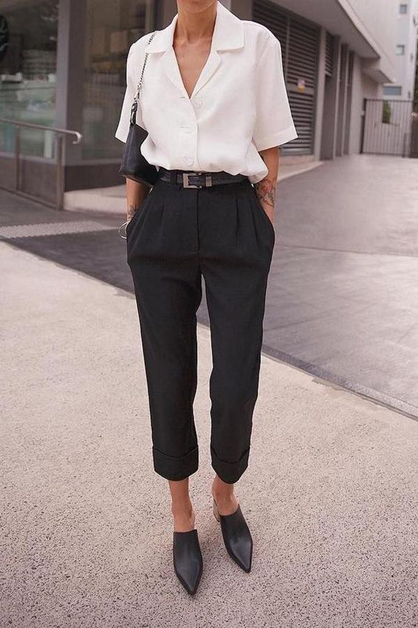 Sơ mi cổ vest, sơ mi cổ pijama cũng là kiểu trang phục dễ dàng tạo nên sựa hòa hợp với các mẫu quần thụng, quần xếp ly phong cách vintage.