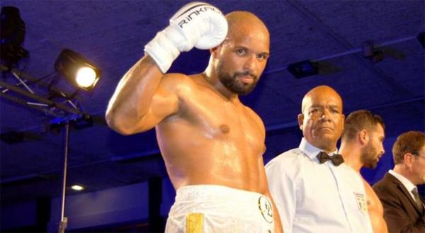 Jean-Jacques Olivier vô địch hạng bán nặng boxing Pháp tháng 12 năm ngoái. Ảnh: Instagram.