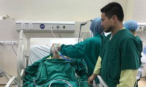 Sản phụ sinh con khi ung thư vú đã di căn xương, phổi