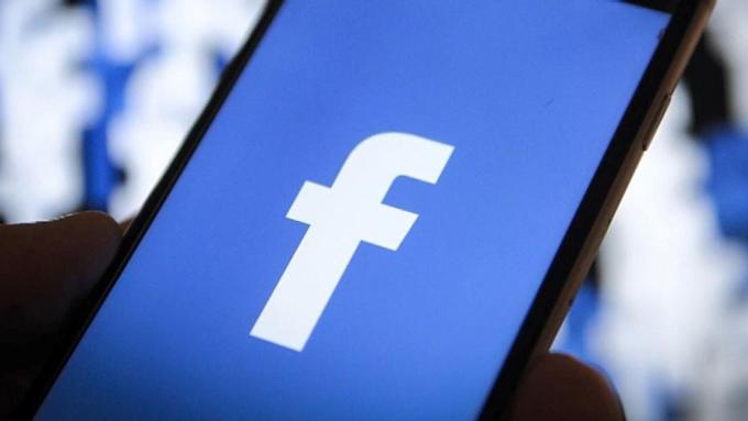 Facebook bị chỉ trích là nền tảng lan truyền thù hận. Ảnh: Fox News.