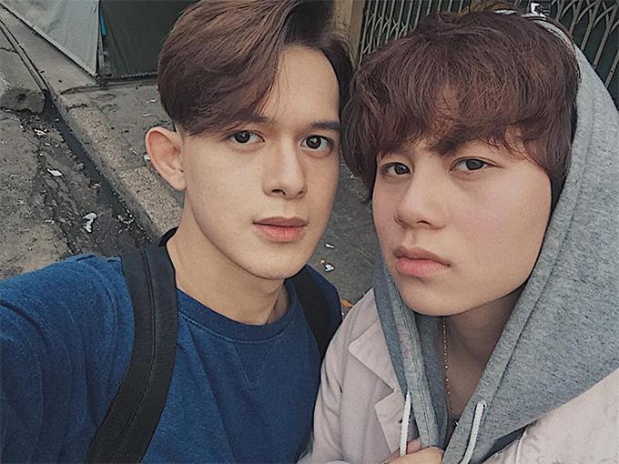 Ngoài giờ đóng phim, Quang Anh và Bảo Hân thường xuyên đi chơi với nhau.