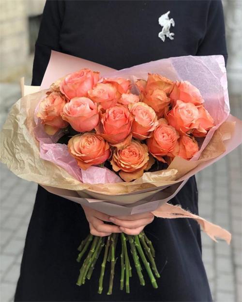 Bạn nhìn thấy ROSE (hoa hồng)