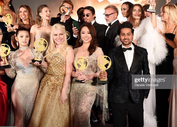 Hình ảnh Jolie Nguyễn (ngoài cùng bên trái) và các blogger khác được trang web nổi tiếng Getty Images đăng tải.