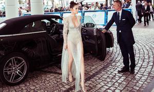 Sau Ngọc Trinh, Jolie Nguyễn cũng mặc hở bạo dự LHP Cannes