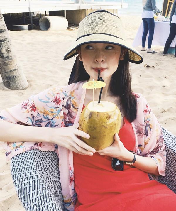 Á hậu Thùy Dung - 3