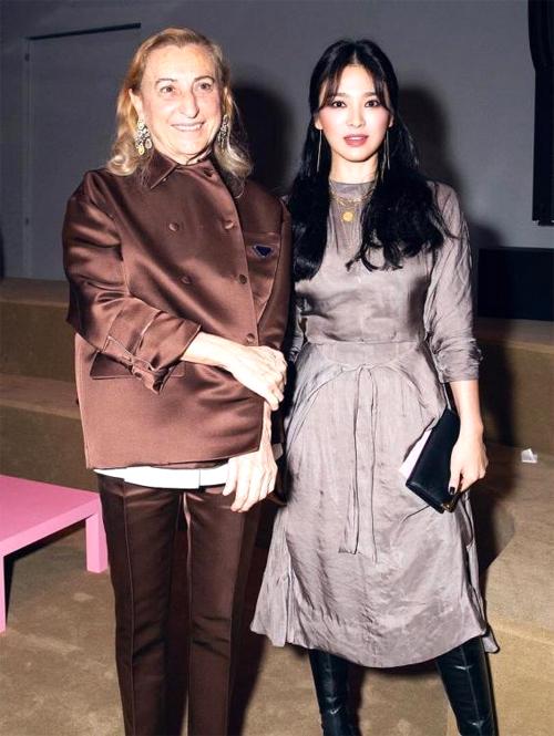 Song Hye Kyo tại sự kiện của Prada đầu tháng 4.