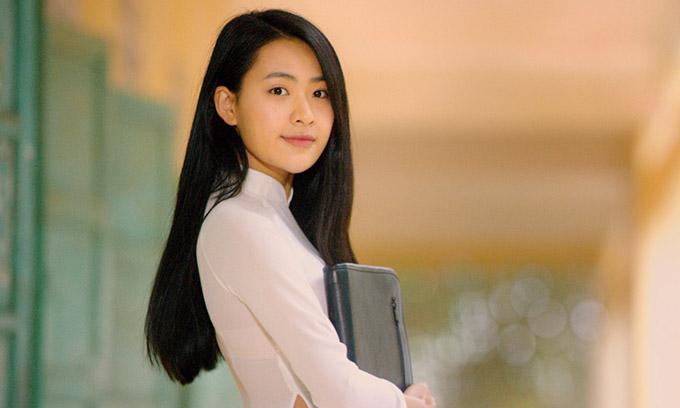 Minh Trang xinh đẹp, tinh khôi trong phim.