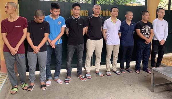 Nhóm 9 nghi can cầm đầu vừa bị bắt.