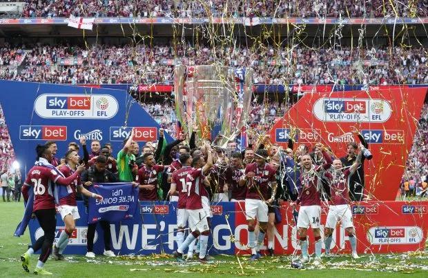 Aston Villa giành suất lên chơi Ngoại hạng Anh mùa giải 2019-2020 sau ba mùa giải thi đấu ở hạng nhất. Không chỉ quay lại Premier League, đội bóng của HLV Dean Smith còn nhận được món tiền chia 180 triệu bảng ở mùa kế tiếp.