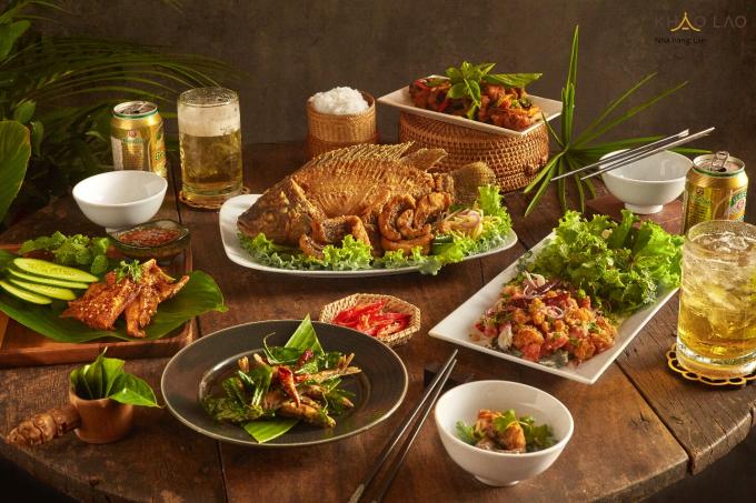 Các món ăn chuẩn vị Lào tại Khao Lao.