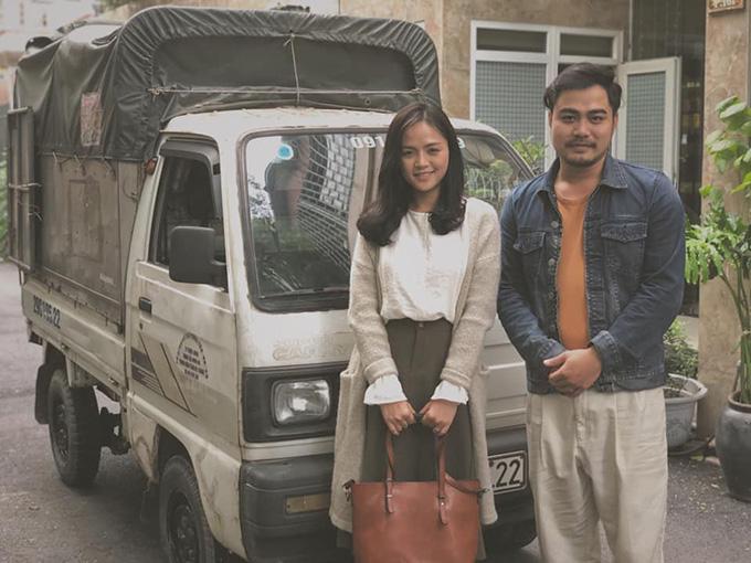 Thu Quỳnh và Trọng Hùng tại hậu trường phim Về nhà đi con.