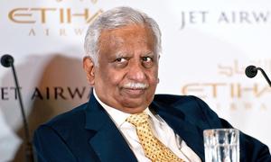 Cựu CEO hãng hàng không lớn thứ 2 Ấn Độ bị bắt trên máy bay
