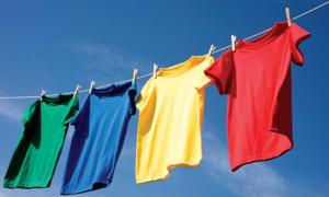4 cách giữ quần áo lâu phai màu
