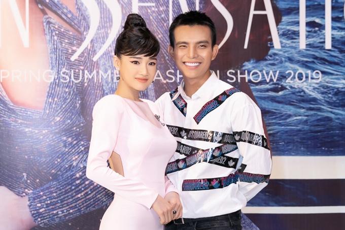Nhã Phương đeo trang sức hơn 1,5 tỷ dự show Đỗ Long - 5