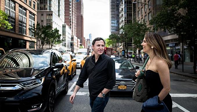 Chait và Cunningham là hai doanh nhân thành đạt ở New York (Mỹ). Ảnh:CNN.