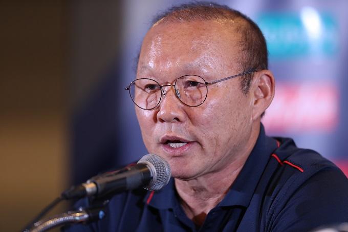 HLV Park nhấn mạnh ông không xem nhẹ Kings Cup, như sự hiểu nhầm của báo chí Thái Lan. Ảnh: Đức Đồng.