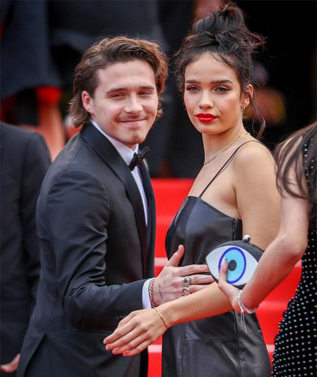 Brooklyn và Hana tại LHP Cannes giữa tháng 5. Ảnh: Sun.