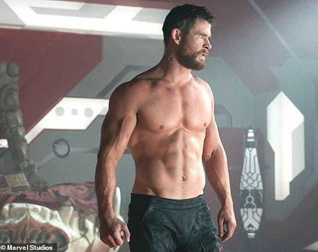 Chris Hemsworth trong Thor Ragnarak.
