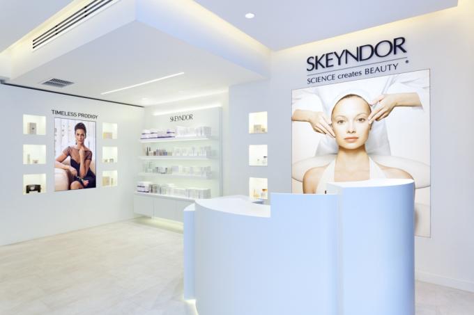 Showroom sản phẩm Skeyndor tại Tây Ban Nha.
