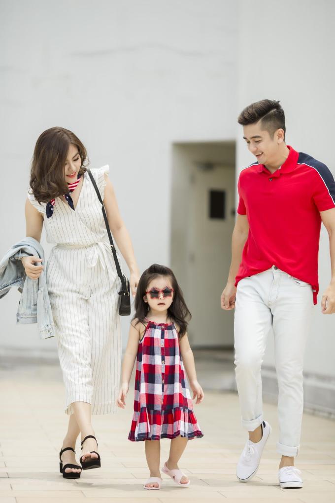 Gia đình Vân Trang diện trang phục Old Navy dạo chơi cuối tuần - 7