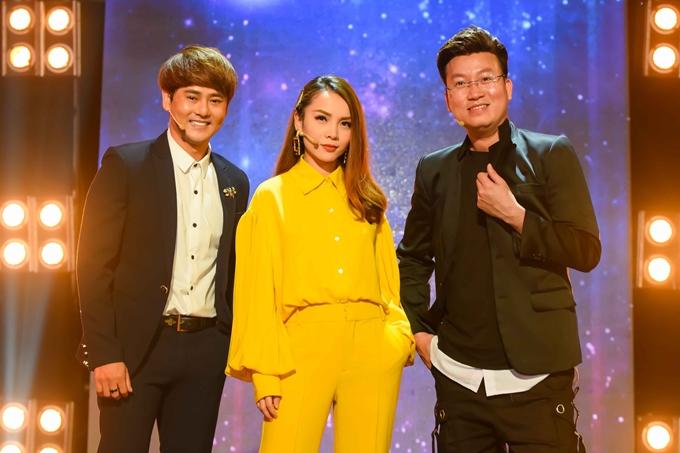 Ba khách mời của tập 12 là: ca sĩ Ưng Đại Vệ, Yến Trang, Sỹ Luân (từ trái qua).