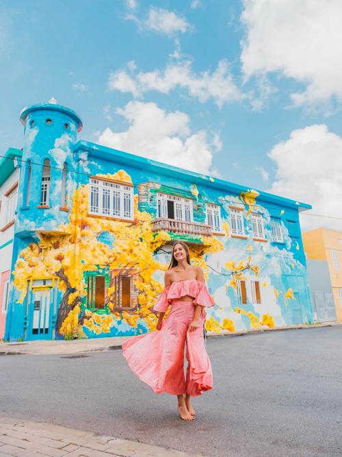 Cùng các nữ blogger khám phá Curacao - hòn đảo đối thủ của Việt Nam - 9