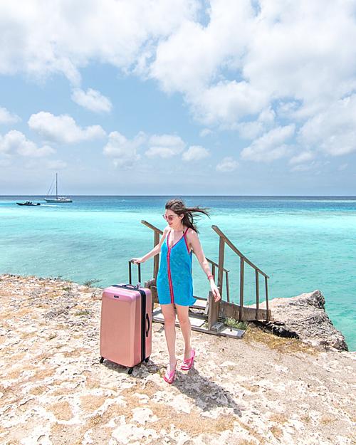 Cùng các nữ blogger khám phá Curacao - hòn đảo đối thủ của Việt Nam - 3
