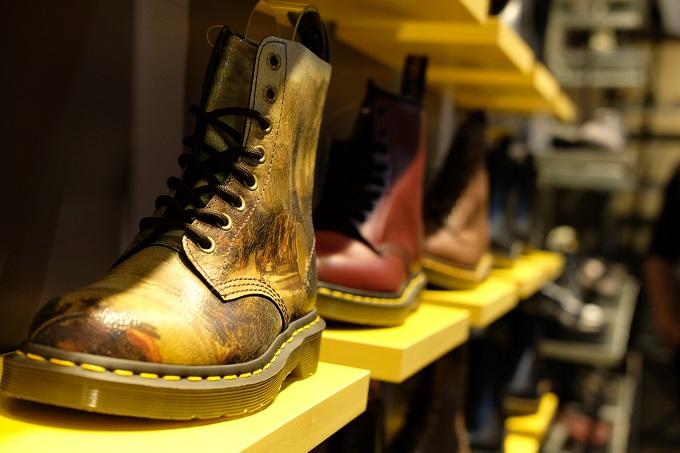 Không chỉ là những đôi giày với thiết kế đổi mới mang tính cách mạng, Dr. Martens còn đại diện cho cả nền văn hóa và lối sống mang đậm tinh thần Docs.