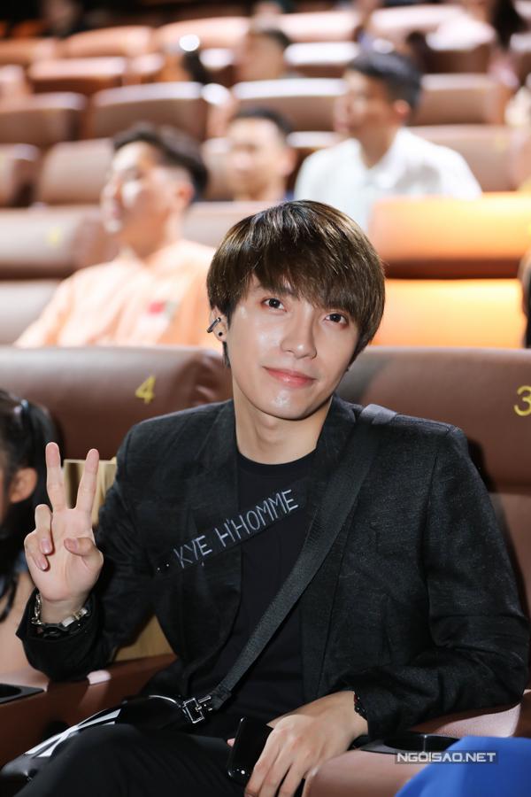 Stylist Kye Nguyễn cũng dự sự kiện chiều 10/6.