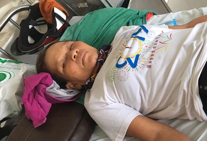 Sau hai ngày ở bệnh viện, bà Thoa xin về điều trị tại nhà. Ảnh: Đại Hiệp.