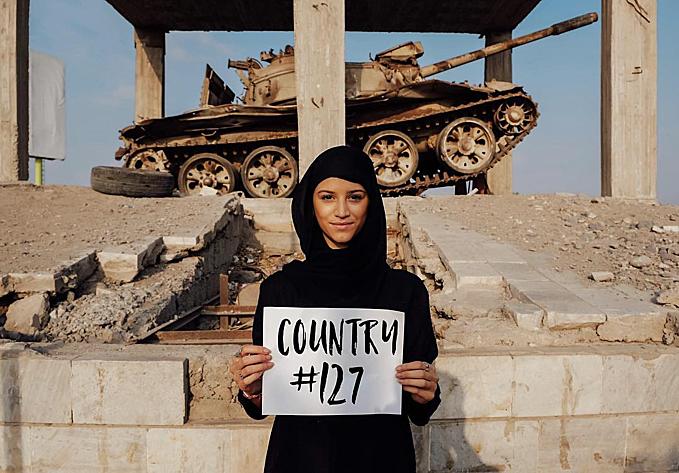 Lexie đang dự định viết một cuốn sách về hành trình của mình. Đồng thời, Lexie cũng đang được mời tới một số cuộc tọa đàm về du lịch. Trong ảnh là khi cô gái trẻ đặt chân tới quốc gia thứ 127 - Yemen, một nơi cũng ẩn chứ nhiều hiểm nguy.