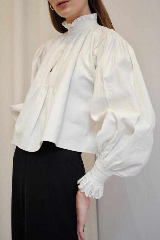 Mốt áo tay bồng cho nàng yêu phong cách bánh bèo - 1