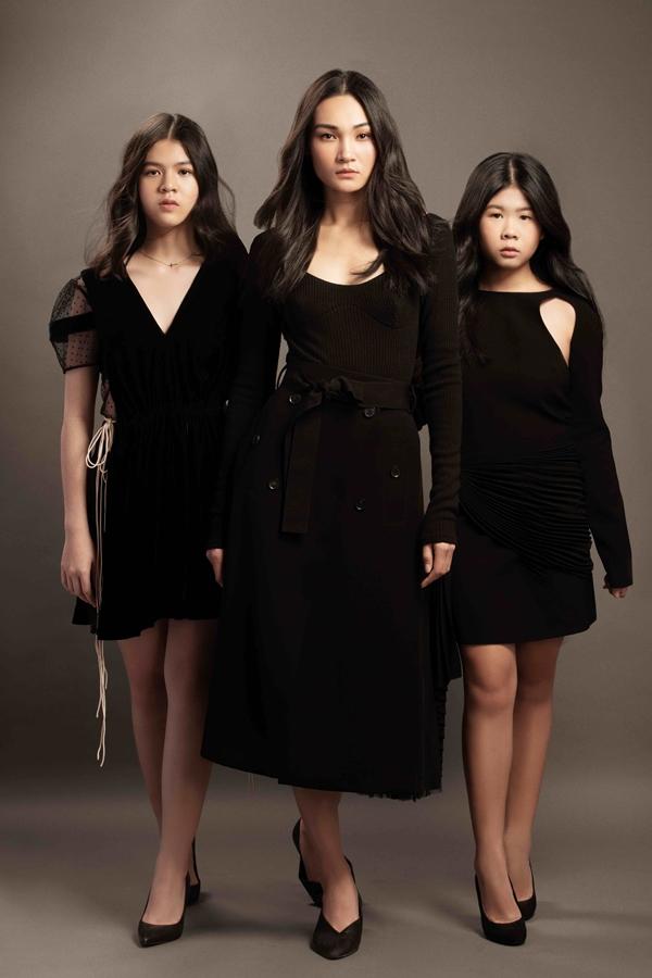 Thùy Trang (giữa) cùng hai mẫu teen Như Quỳnh, Khánh Vy góp mặt trong bộ ảnh.