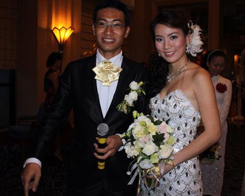 Ngày 22/6/2010, Hoa hậu Asean ăn ảnh nhất năm 2005 - Nguyễn Thảo Hương đã lên xe hoa với Mạnh Quang, doanh nhân Hà Nội. Sau hôn lễ, chị quyết định gắn bó với nghề tổ chức đám cưới handmade.