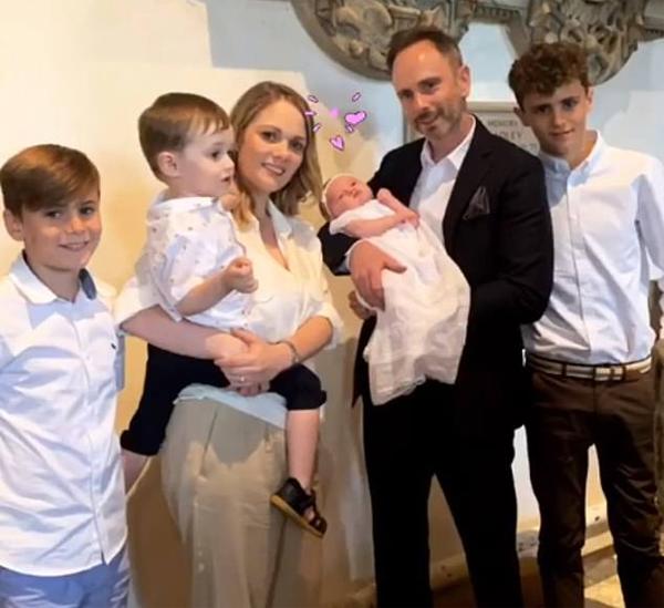 Tabatha là con gái mới sinh của Christian, em trai Vic.