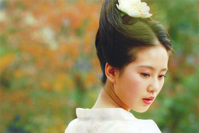 Lưu Thi Thi là sao 8x duy nhất lọt top tứ đại mỹ nhân cổ trang Trung Quốc.