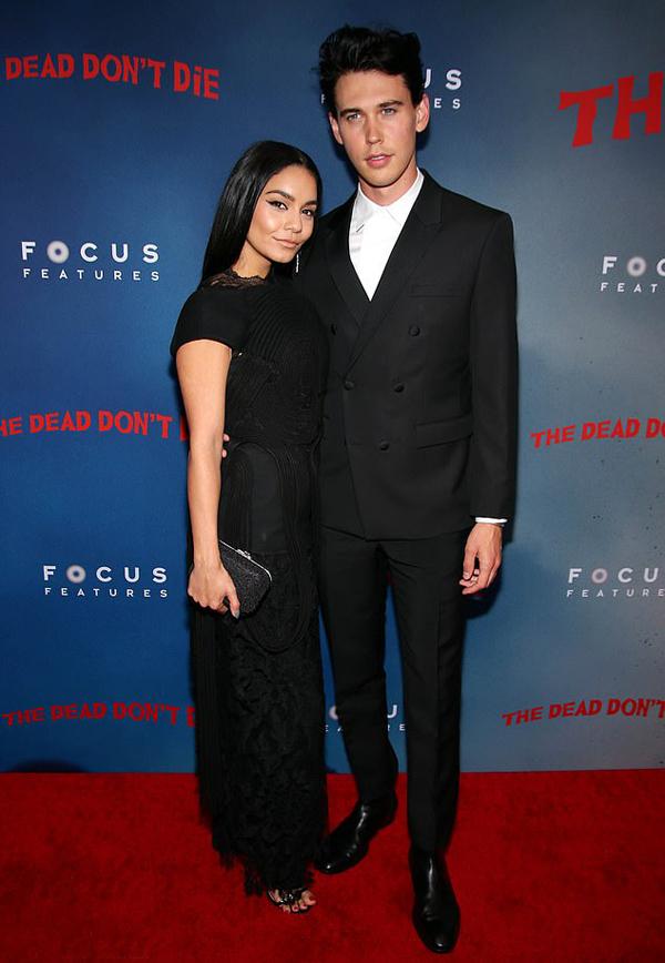 Vanessa đến cùng bạn trai - diễn viên Austin Butler.