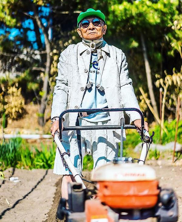 Cụ Tetsuya - nông dân ở tỉnh Akita, Nhật Bản. Ảnh: Instagram.
