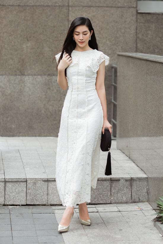 Mai Thanh Hà thích nhiều mẫu váy áo mới trong bộ sưu tập Dazed - Ngẩn ngơ vì nó phù hợp với phong cách của cô và đồng điệu với xu hướng mới.