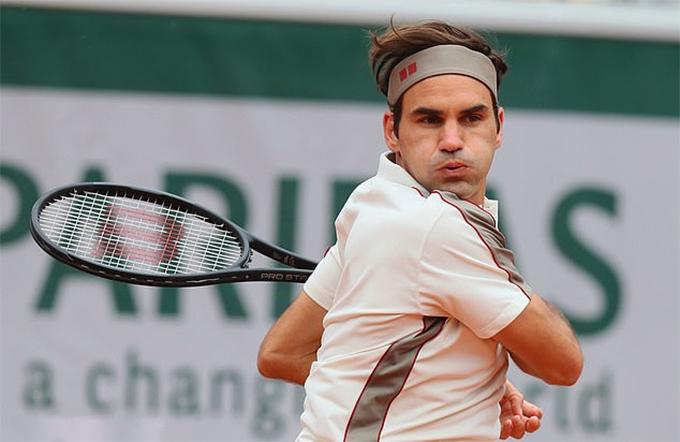 Federer là VĐV có thu nhập từ các hợp đồng thương mại cao nhất thế giới. Ảnh: REX.