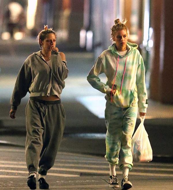 Kristen vừa ký hợp đồng tham gia tham bộ phim tình cảm chuyển thể từ cuốn tiểu thuyết Naked Lunch, do Ben Foster đạo diễn. Cuối năm nay, hai bộ phim cô đóng vai chính sẽ được công chiếu là Charlies Angels và Against All Enemies.