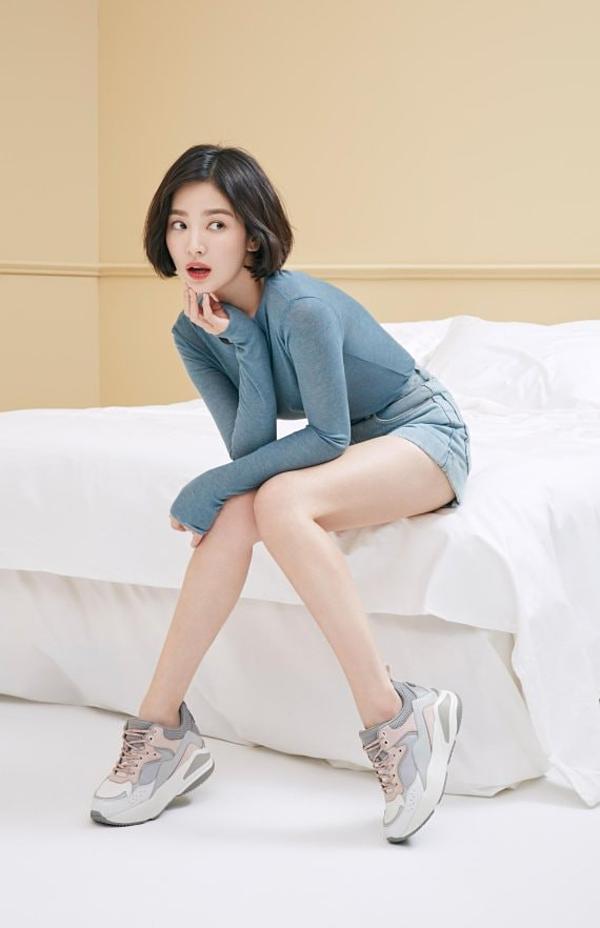 Song Hye Kyo mảnh mai nhờ uống nước chanh pha loãng thường xuyên.