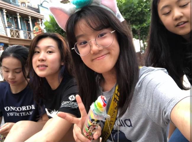 Con gái Angel của Tịnh Văn đã 14 tuổi.