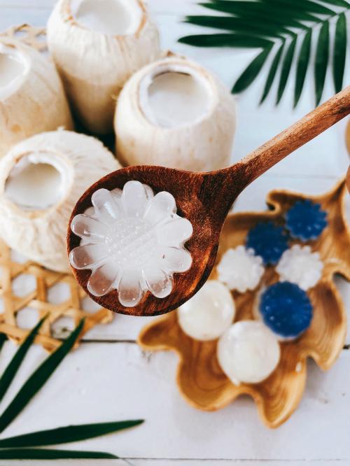 Thạch dừa tự làm ở nhà, ngon và sạch hơn ngoài hàng
