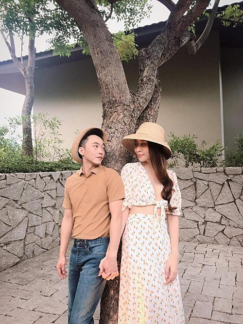 Đàm Thu Trang cho biết, cô chỉ tăng cân chứ chưa có em bé.