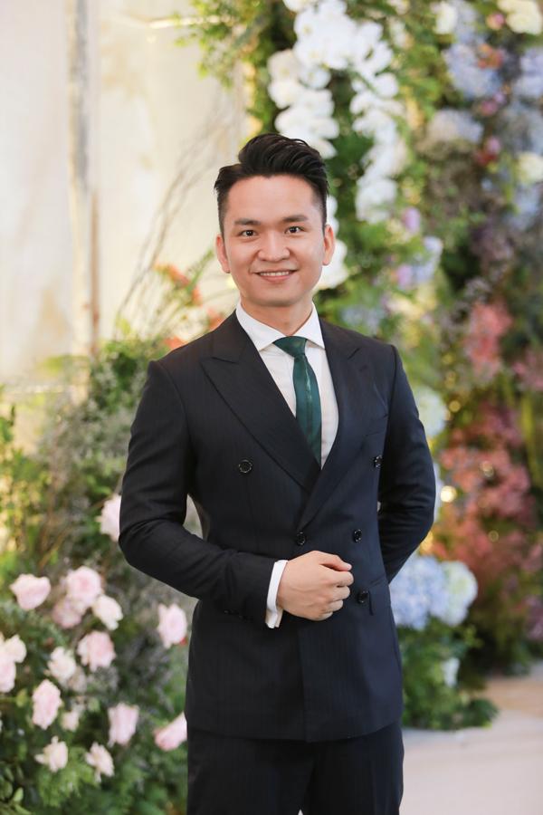 MC Hạnh Phúc, đồng nghiệp của cô dâu Phí Linh.