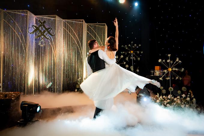 Nữ MC nói rằng, đây là điệu nhảy đầu tiên của cô và Marcin với tư cách là vợ chồng của nhau. Cặp đôi mong rằng, hôn nhân của họ cũng ngọt ngào, say đắm như chính điệu nhảy.